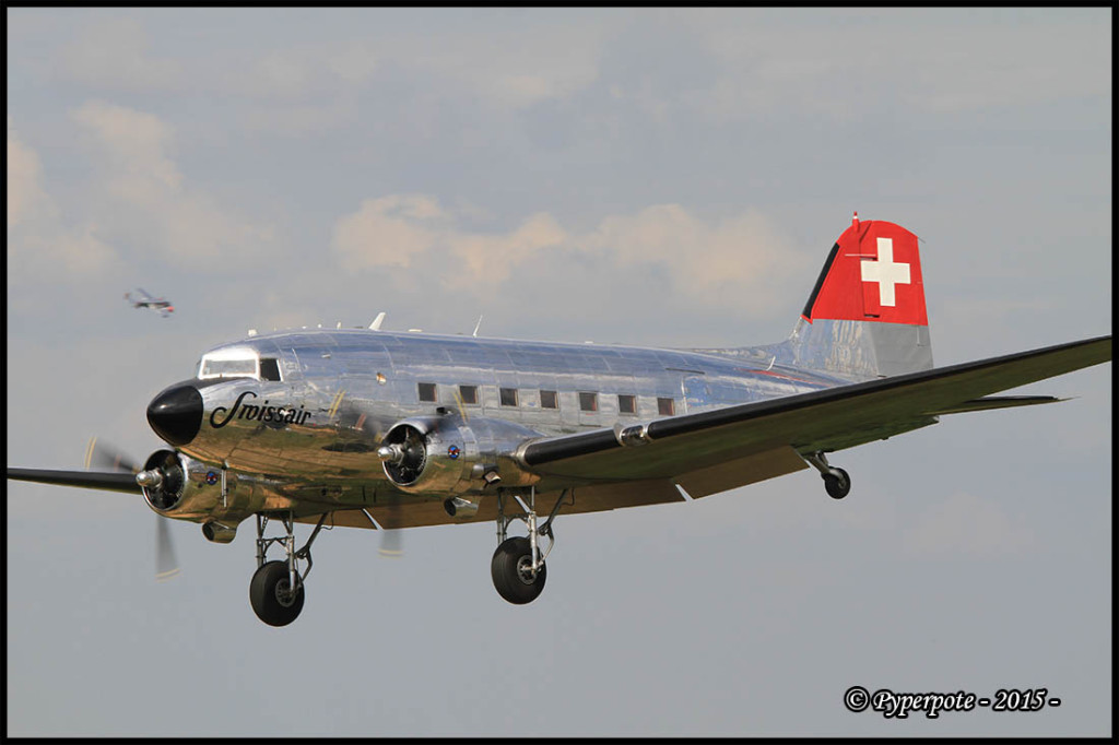 Douglas DC-3 N431HM (cn 9995)