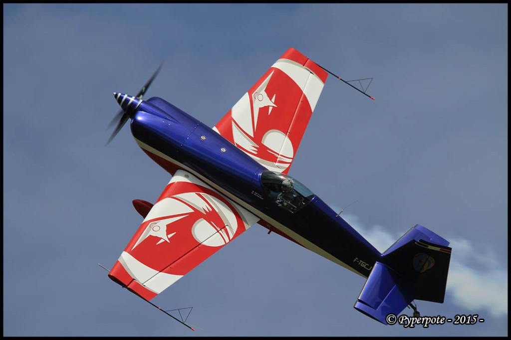 Armée de l'Air Extra 300