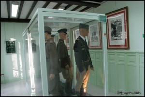 Musée des Andelys, les uniformes 02