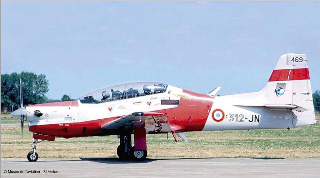 Musée de l'Aviation de Saint-Victoret, Embraer. EMB 312 F. Tucano. F-SFJN n° 469. 1994 – 2009. Avion école de l'Armée de l'Air de Salon de Provence.