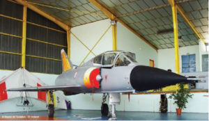 Musée de l'Aviation de Saint-Victoret, Dassault. Mirage III B. F- ZJOB n° 225 à '' Stabilité Variable'' CEV.1964 – 2005