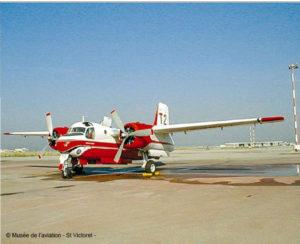 Musée de l'Aviation de Saint-Victoret, De Havilland. S2F Tracker T2 (licence Grumman). Dernier Tracker avec moteurs à pistons.1958 – 2006