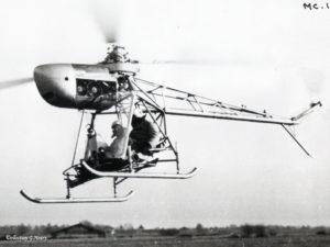 1952 - G.H. pilote le Cantinieau MC-101 en 1952 ph. X coll