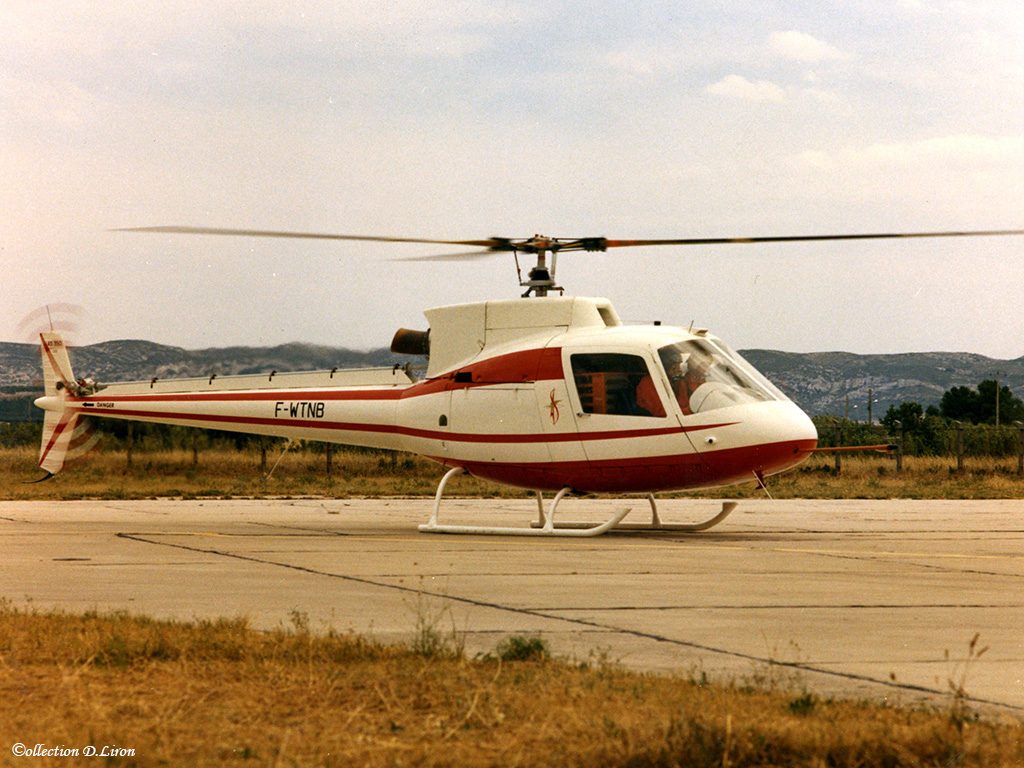 1974 - AS 350 001 20.12.74 vol d'essai proto Ecureuil ph.Aerospatiale. Coll